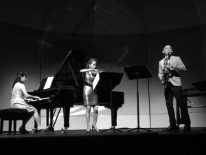 Spring X - Contrast Trio 1 BW
