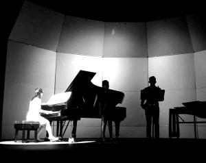 Spring X - Contrast Trio 7 BW